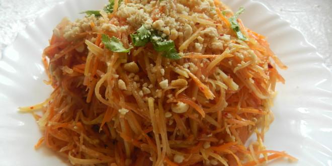 Thai Papaya Salad / Som Tom Salad